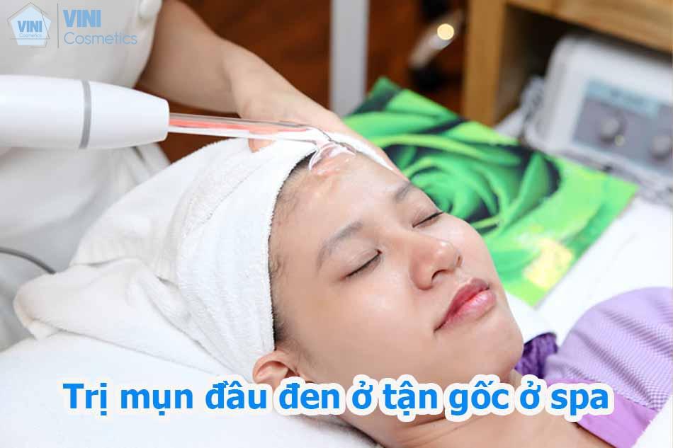 Trị mụn đầu đen ở mũi má tận gốc ở spa