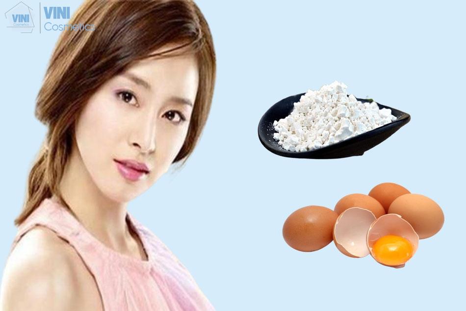 Kết hợp trứng gà và bột sắn dây để trị mụn